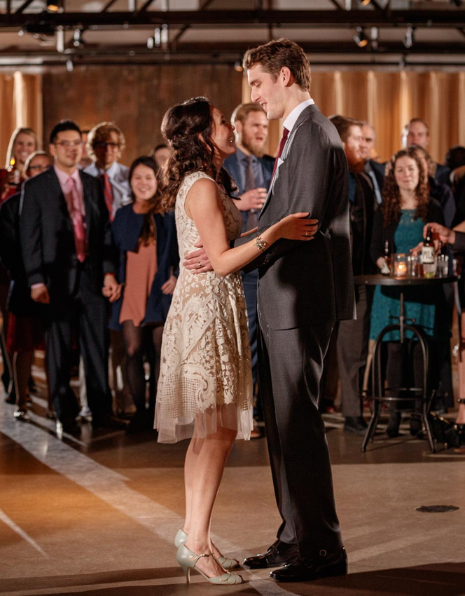 Emi and Alex got the party started with their first dance at Ovation in Chicago.