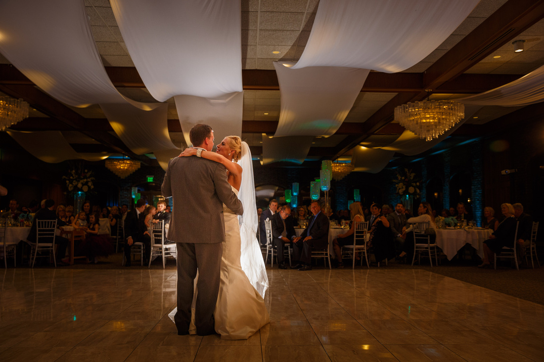 smile,Wedding,Wicker Memorial Park,Highland, Indiana,photographer,photography,reception,first dance,dress